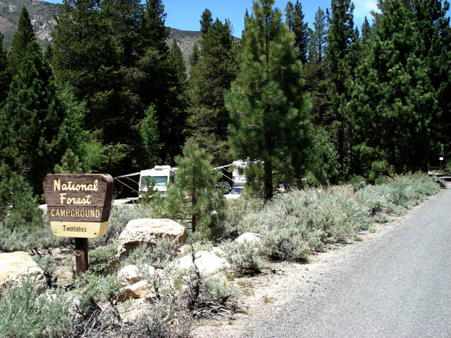 Lower Twin Lake Campground Eastern Sierra
